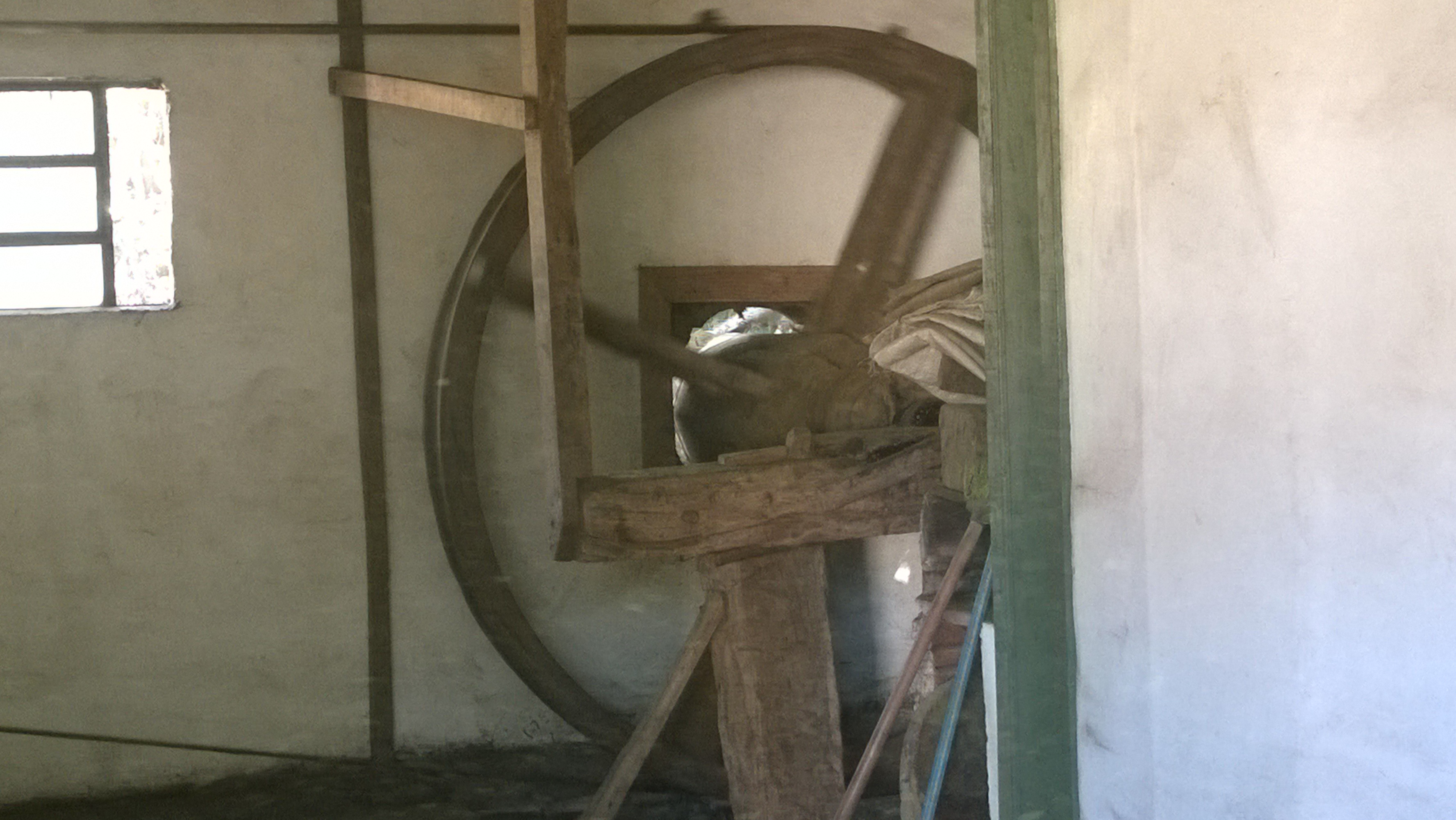 yerba mate - water powered mill from the inside